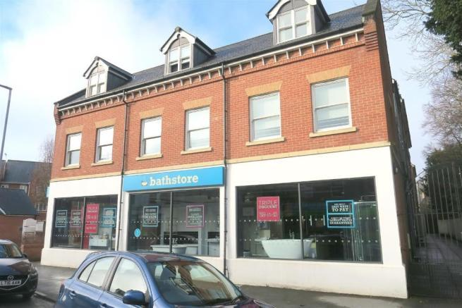 2 Bedrooms Maisonette Flat for sale in Belvedere Gardens, Station Road, Taunton TA1