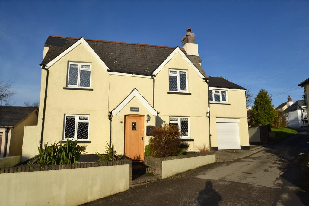 4 Bedrooms Detached House for sale in Yarnscombe, Barnstaple