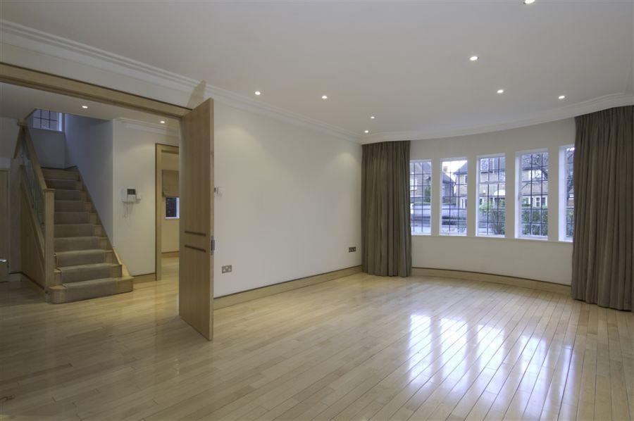6 Bedrooms Flat for rent in Kingsley Way, Hampstead Garden Suburb, N2