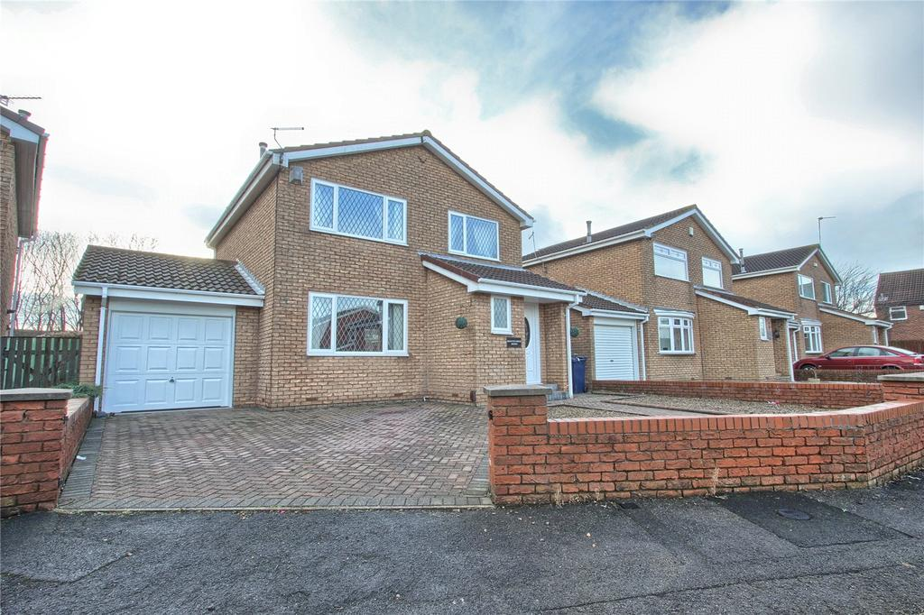 3 Bedrooms Detached House for sale in Gillercomb, Redcar