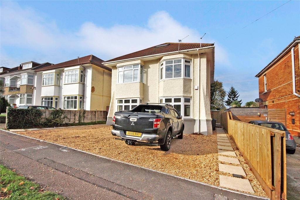 2 Bedrooms Flat for sale in Castlemain Avenue, Bournemouth, Dorset, BH6