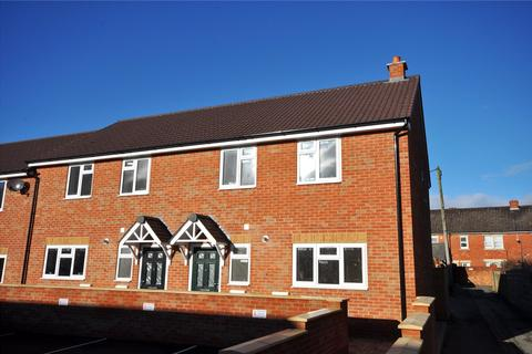 3 bedroom end of terrace house to rent - Caulfield Road, Swindon, Wiltshire, SN2