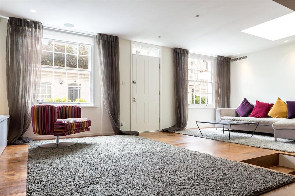 2 Bedrooms Mews House for sale in Holland Park Mews, Holland Park, Kensington, London, W11