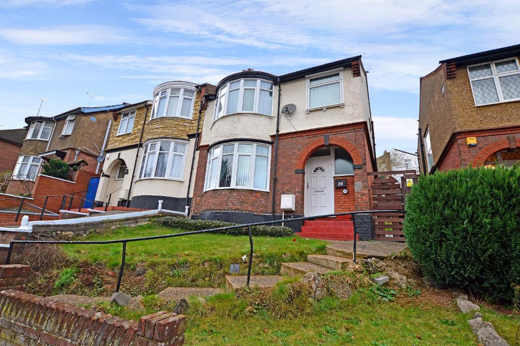3 Bedrooms Semi Detached House for sale in Farley Hill, Luton, LU1 5HQ