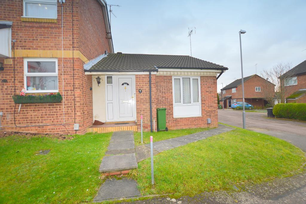 1 Bedroom Maisonette Flat for sale in Penda Close, Luton, Bedfordshire, LU3 3UT