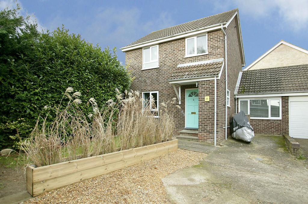 3 Bedrooms Link Detached House for sale in Abinger Way, Eaton