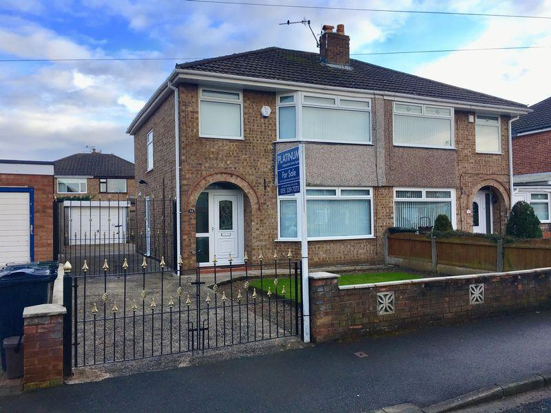 3 Bedrooms Semi Detached House for sale in Brunswick Crescent, Great Sutton