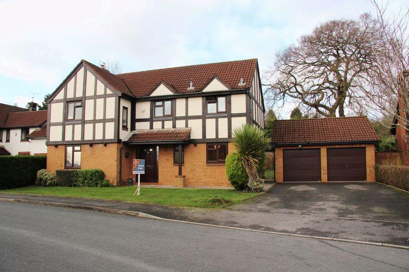 4 Bedrooms Detached House for sale in Shepherd Drive, Langstone