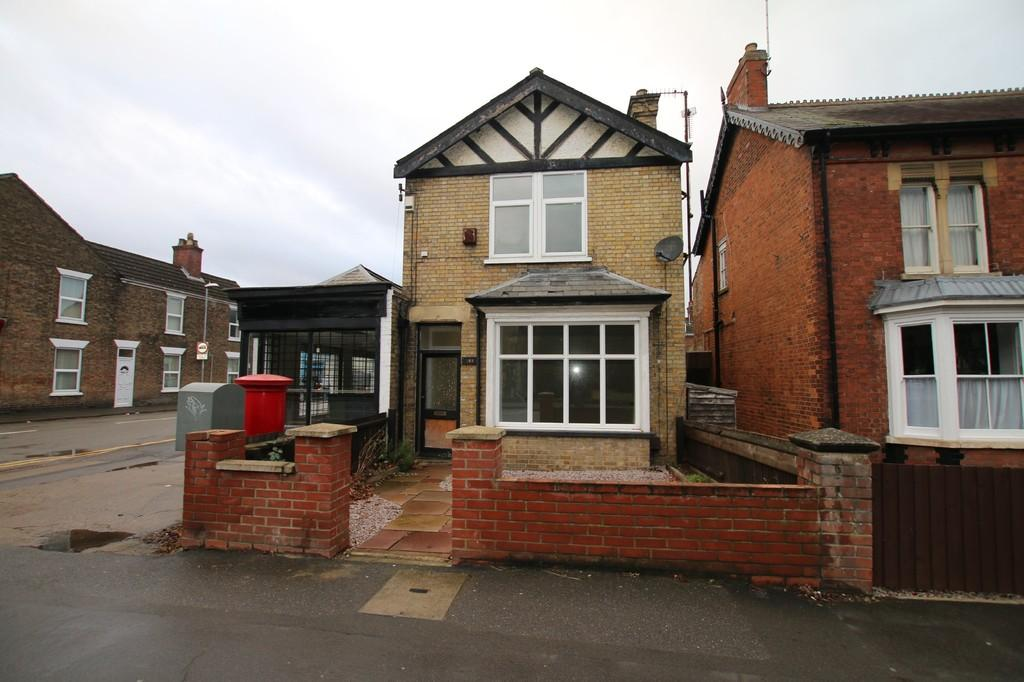 4 Bedrooms Detached House for rent in Station Road, March