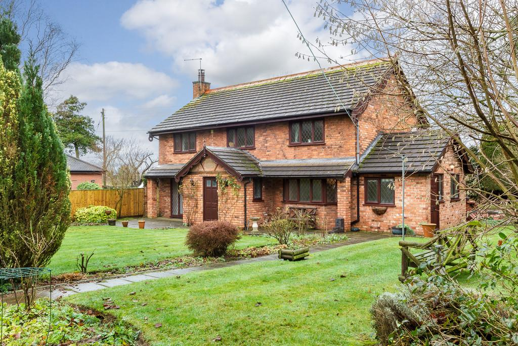 4 Bedrooms Detached House for sale in Hatherton, Cheshire