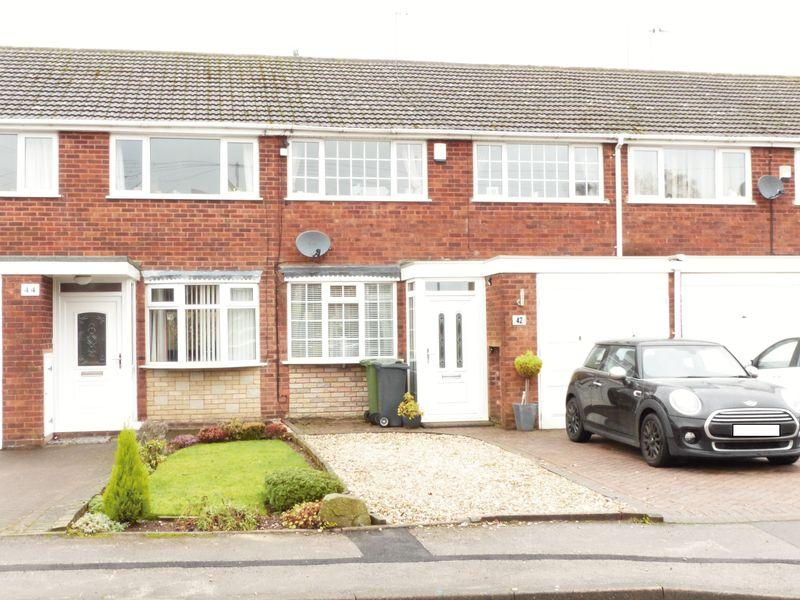 3 Bedrooms Terraced House for sale in Oakwood Drive, Streetly