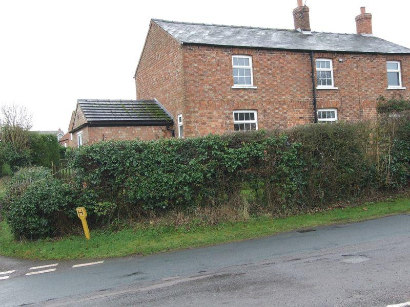 3 Bedrooms Semi Detached House for rent in Wood Enderby, Boston
