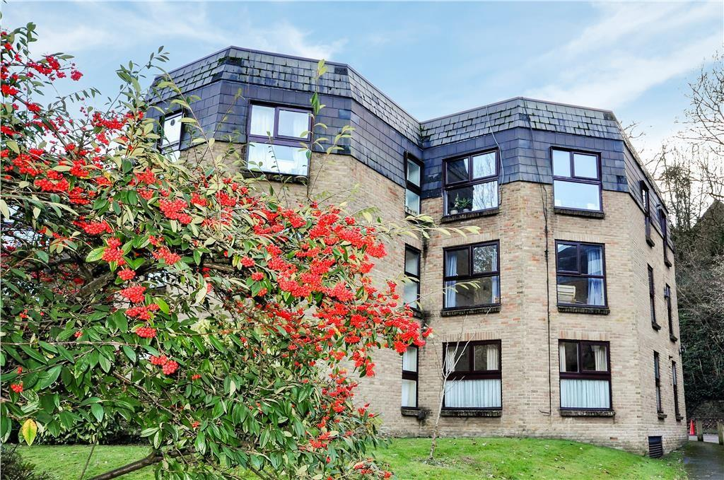 2 Bedrooms Apartment Flat for sale in Charterhouse Road, Godalming