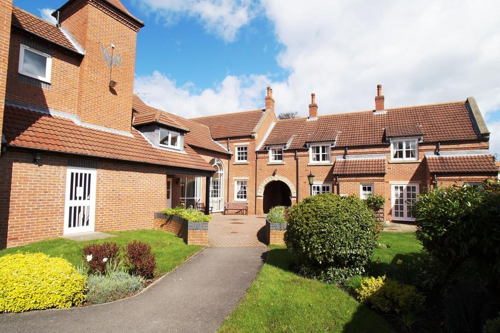 1 Bedroom Apartment Flat for sale in Strawberry Court, Scarborough