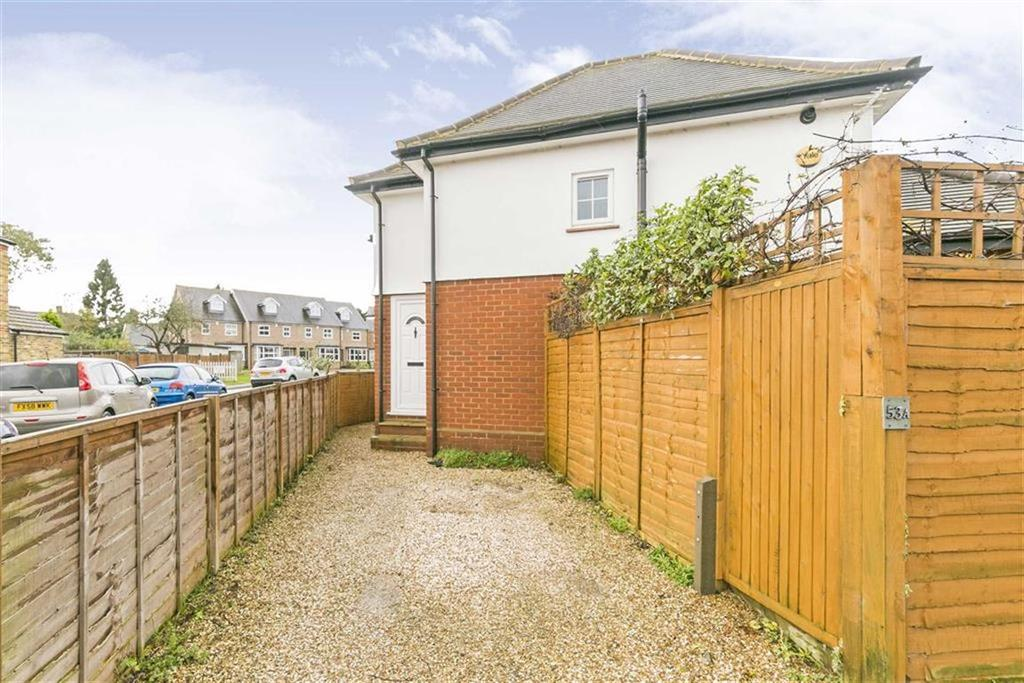 1 Bedroom End Of Terrace House for sale in Horton Hill, Epsom, Surrey