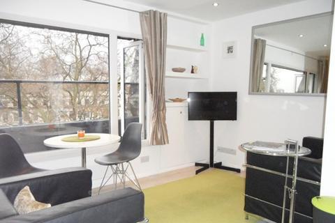 1 bedroom flat to rent - Kensington Gardens Square, London