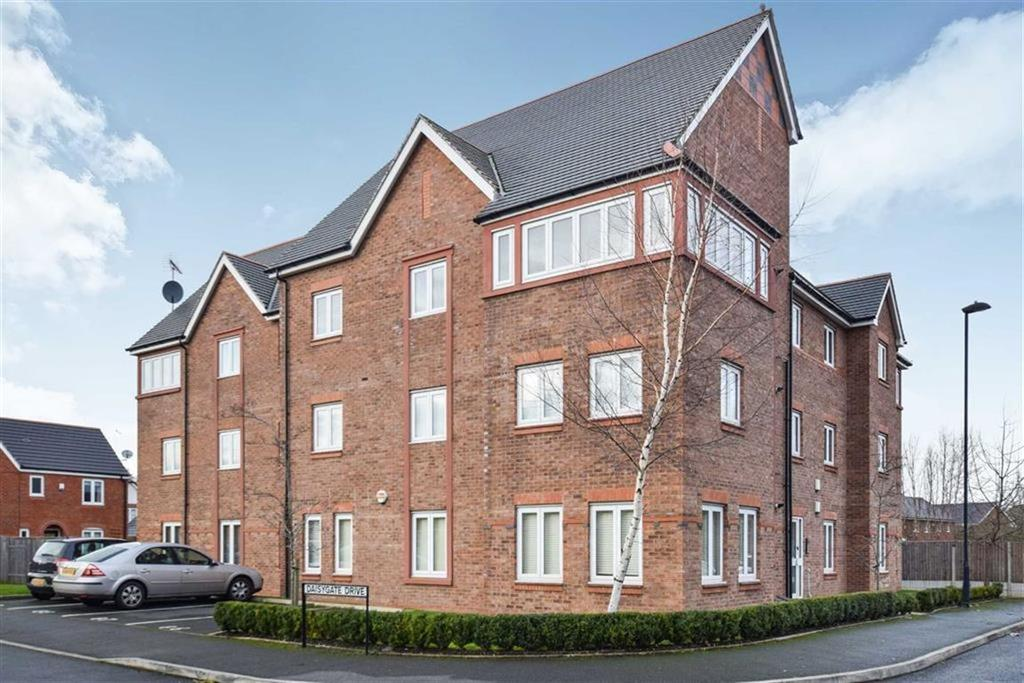 2 Bedrooms Apartment Flat for sale in Draybank Road, Altrincham, Cheshire, WA14