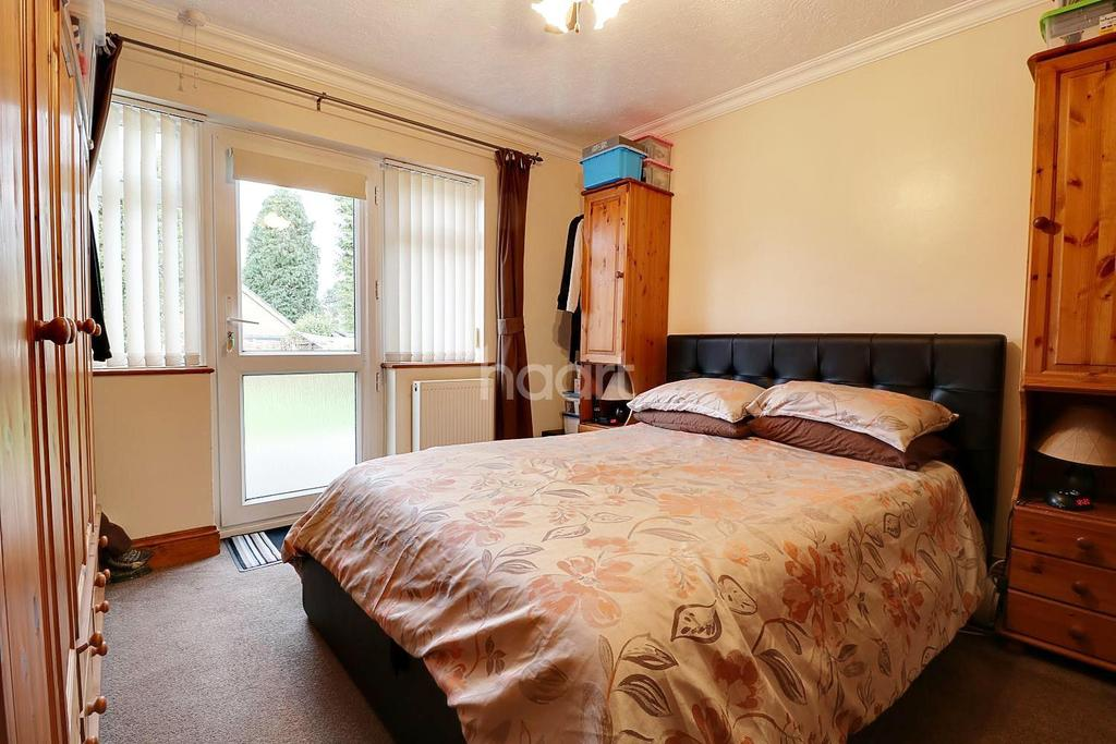 3 Bedrooms Bungalow for sale in Mackenzie Road, Thetford