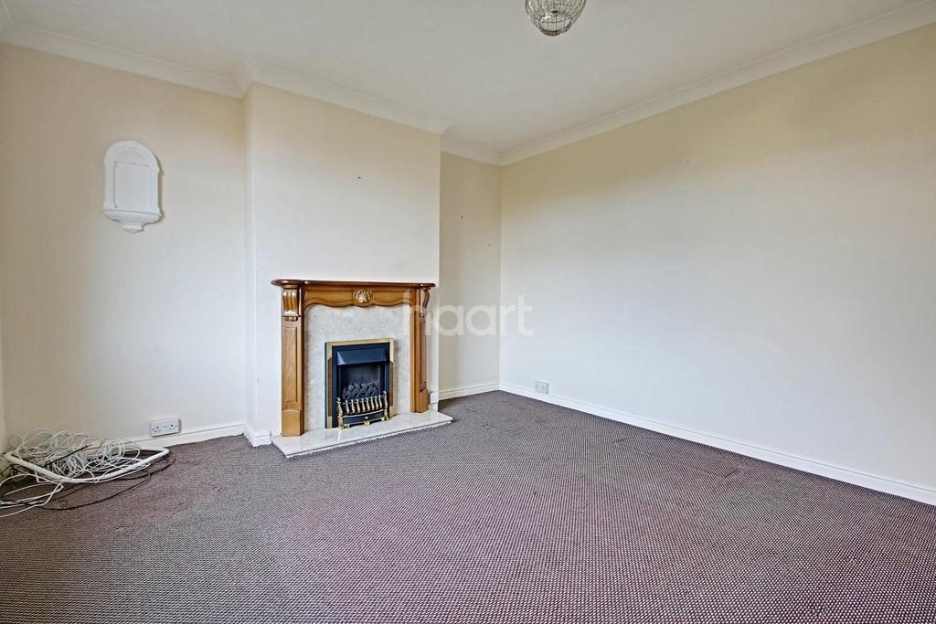 3 Bedrooms End Of Terrace House for sale in Newmarket Road