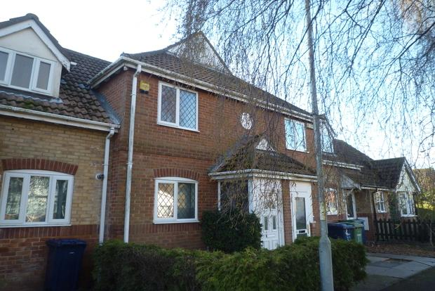 2 Bedrooms Terraced House for sale in Armada Close, Wisbech, PE13