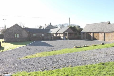6 bedroom property with land for sale - Meidrim Road, St Clears