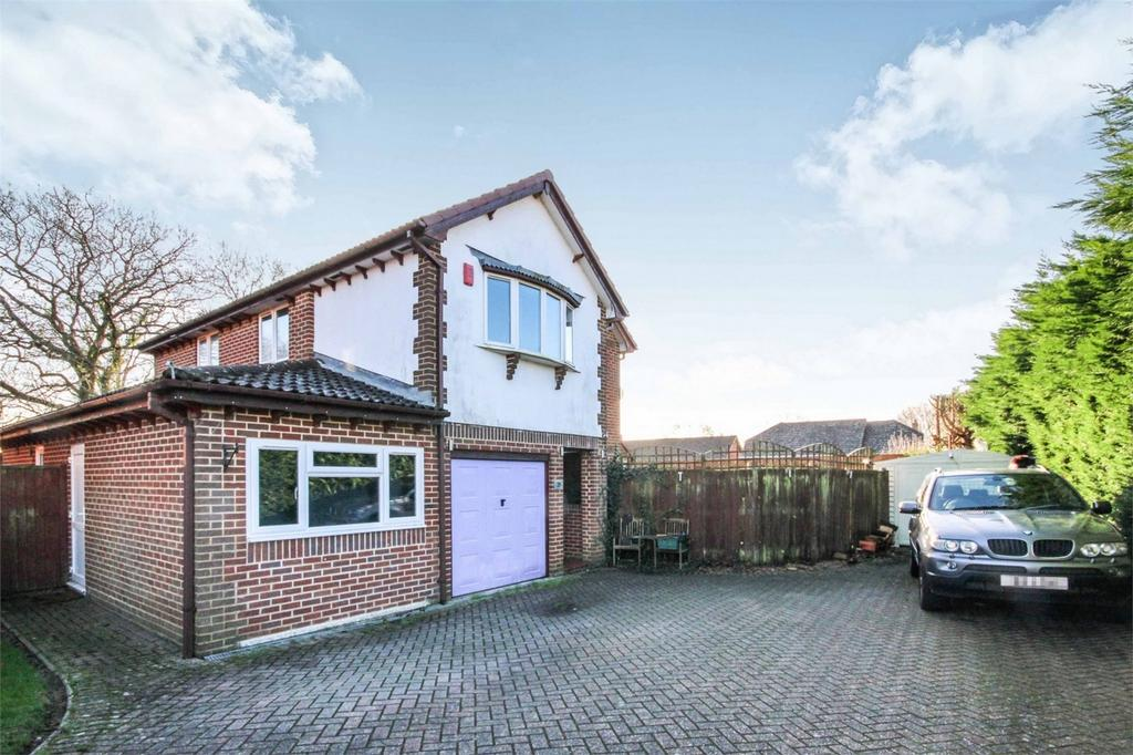 5 Bedrooms Detached House for sale in Landers Reach, Lytchett Matravers, POOLE, Dorset