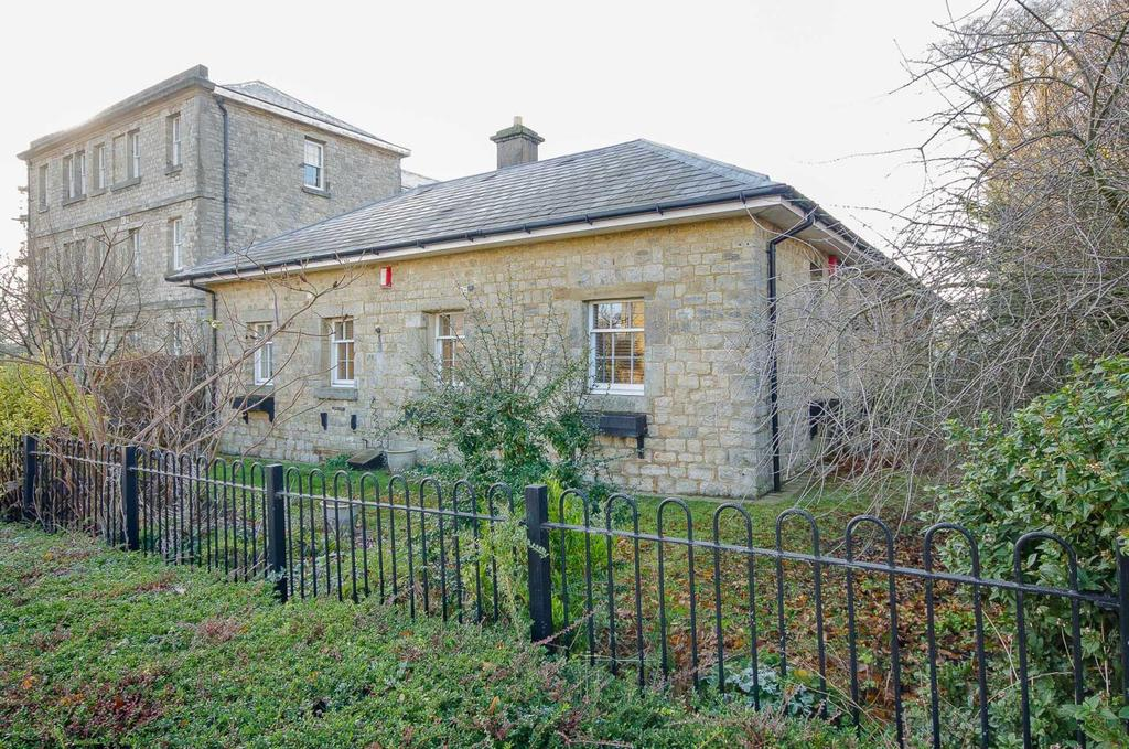 1 Bedroom Semi Detached House for sale in Tarragon Road, Maidstone, Kent