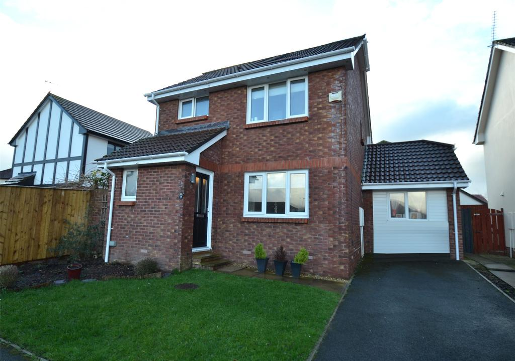 3 Bedrooms Detached House for sale in Hele Lane, Roundswell
