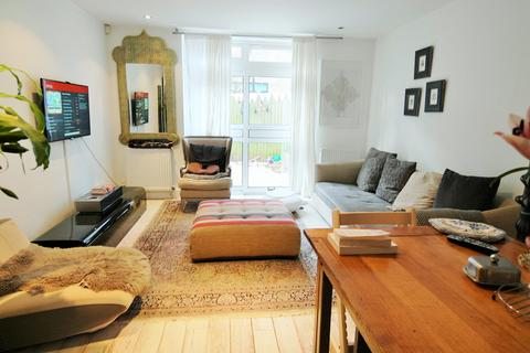 3 bedroom house to rent - Noble Mews, Albion Road, Stoke Newington, London, N16