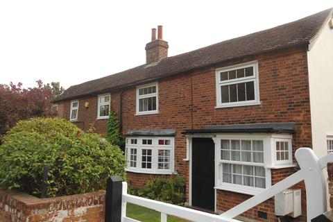 3 bedroom semi-detached house to rent - Millcotts, Mill Green Road, Fryerning, CM4