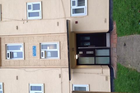 2 bedroom flat to rent - Bazeley Road, Matson, Gloucester GL4
