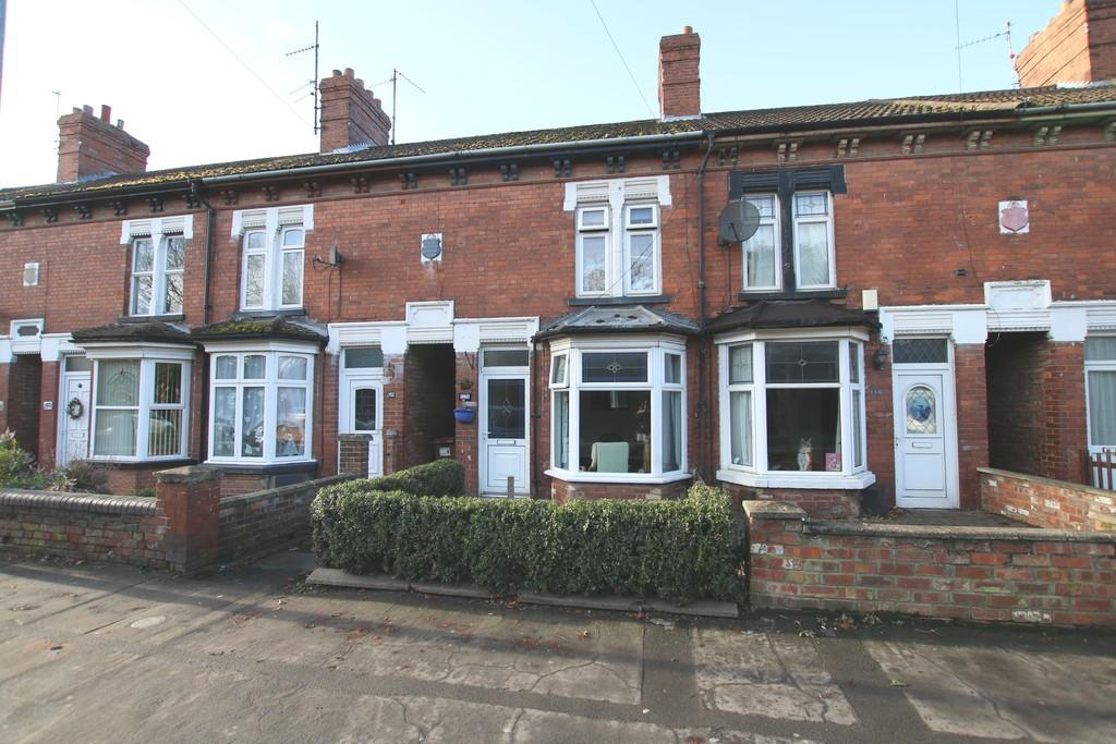 3 Bedrooms Terraced House for sale in Station Road, March