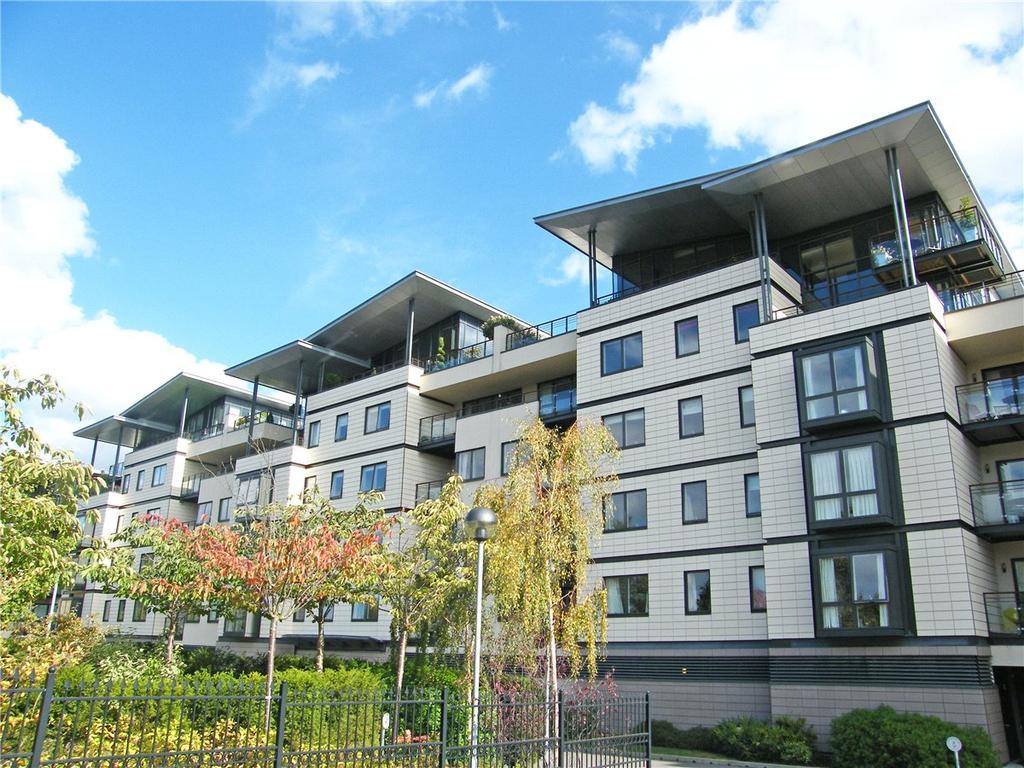 3 Bedrooms Apartment Flat for rent in Riverside Place, Cambridge, Cambridgeshire, CB5