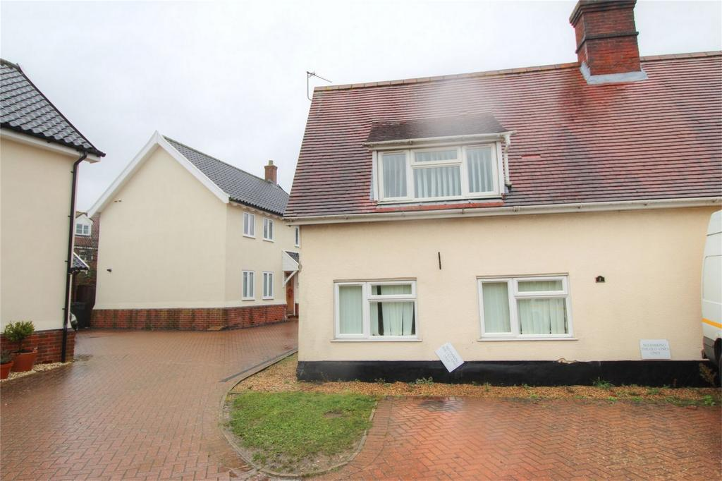 3 Bedrooms Semi Detached House for sale in 2 The Old Grapes NR17 2BT, Attleborough, Attleborough