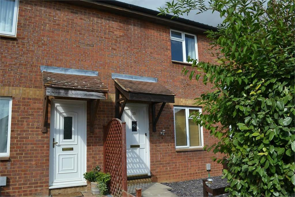 2 Bedrooms Terraced House for rent in Tennyson Avenue, Biggleswade, SG18
