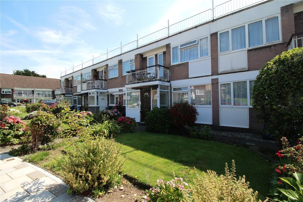 2 Bedrooms Maisonette Flat for sale in Garden Court, Marsh Lane, Stanmore, HA7