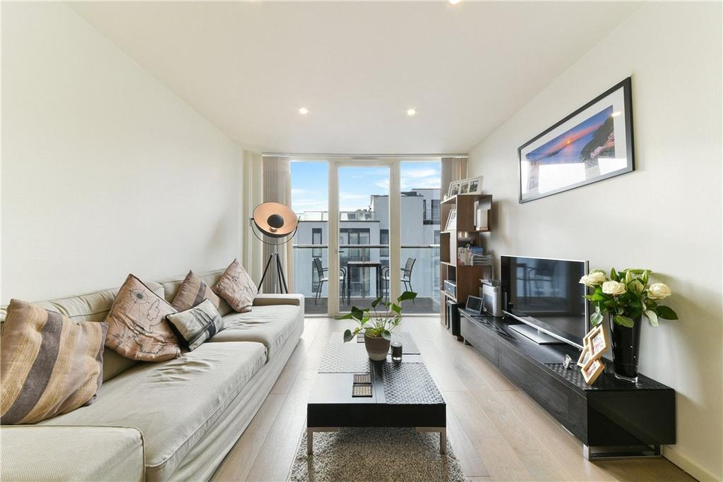 1 Bedroom Flat for sale in Worcester Point, Central Street, City, London, EC1V