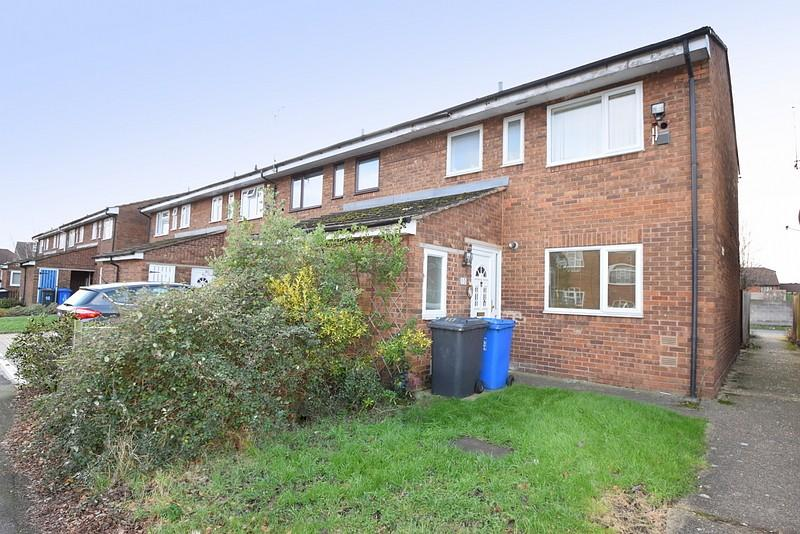3 Bedrooms End Of Terrace House for sale in New Road, Datchet, SL3