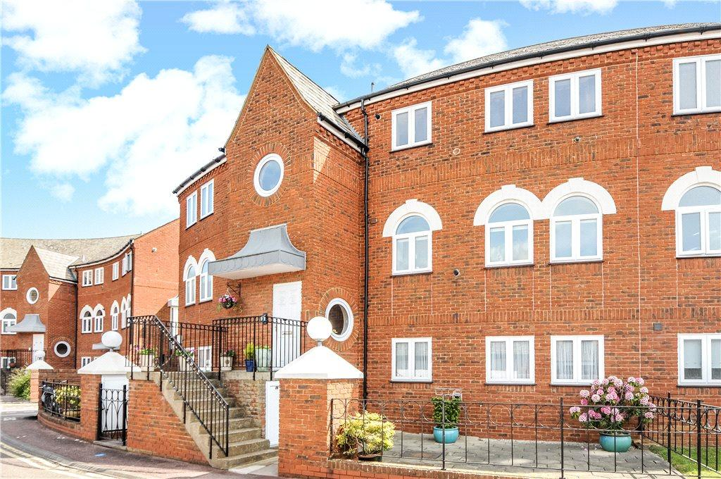 3 Bedrooms Apartment Flat for sale in Duckmill Crescent, Duckmill Lane, Bedford, Bedfordshire