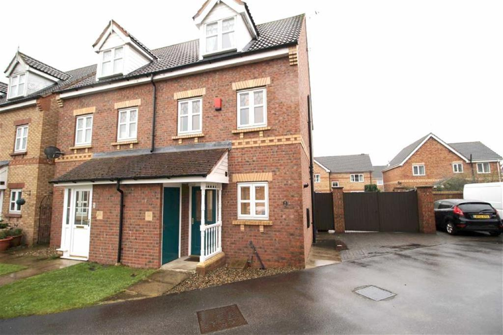3 Bedrooms Semi Detached House for sale in Randall Garth, Driffield, East Yorkshire