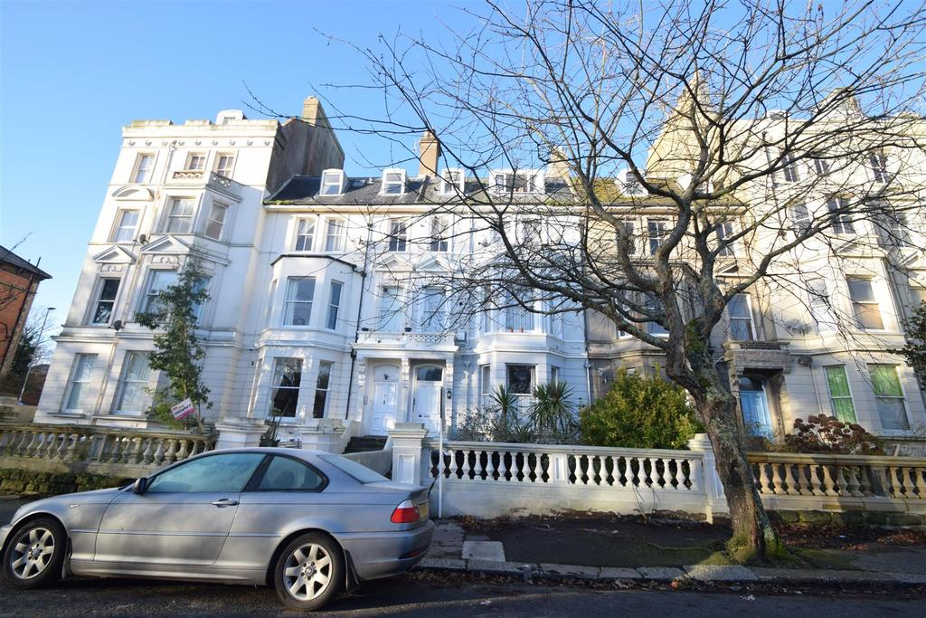 2 Bedrooms Flat for rent in Charles Road, St. Leonards-On-Sea
