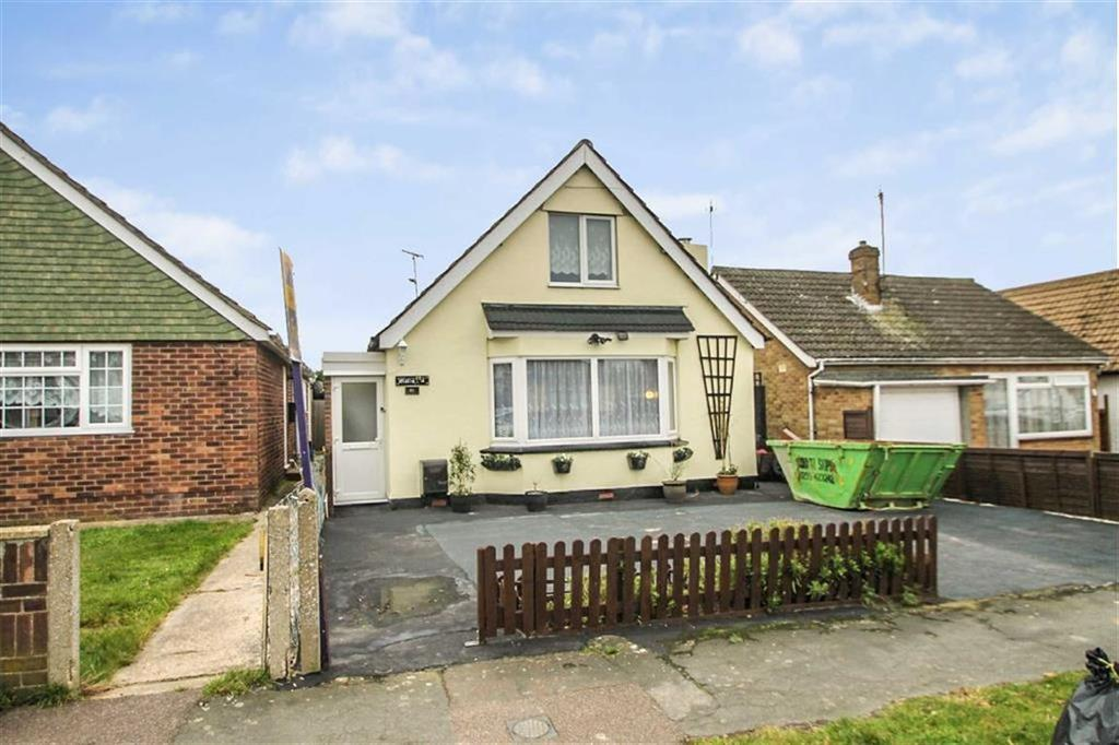 2 Bedrooms Chalet House for sale in Park Square East, Clacton-on-Sea