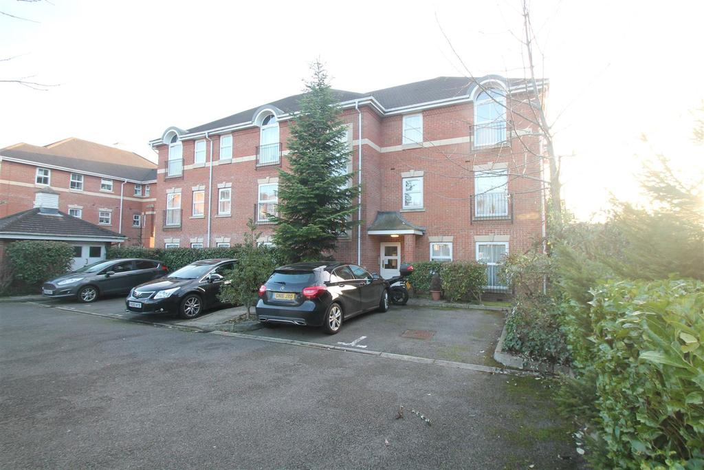 2 Bedrooms Apartment Flat for sale in Old School Place, Maidstone