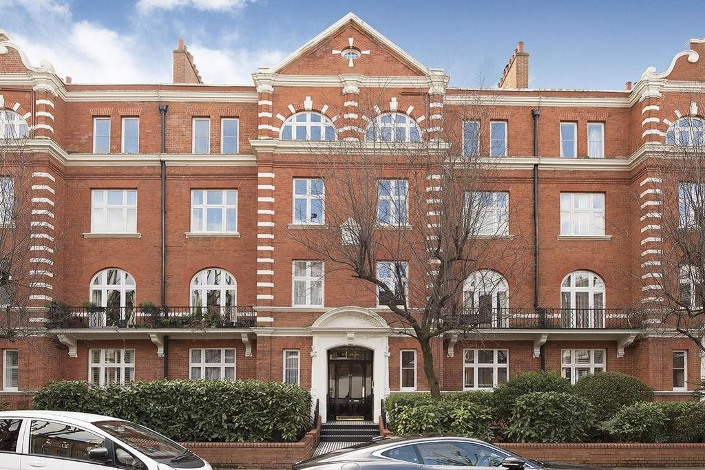 3 Bedrooms Flat for sale in Randolph Avenue, Maida Vale