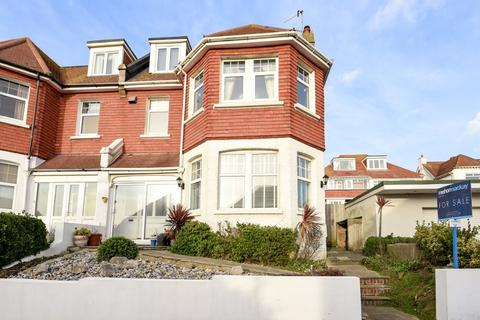 3 bedroom flat for sale - The Cliff Brighton  BN2
