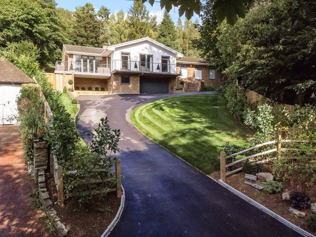 4 Bedrooms Detached House for sale in Pilgrims Way, Kemsing, Sevenoaks, Kent