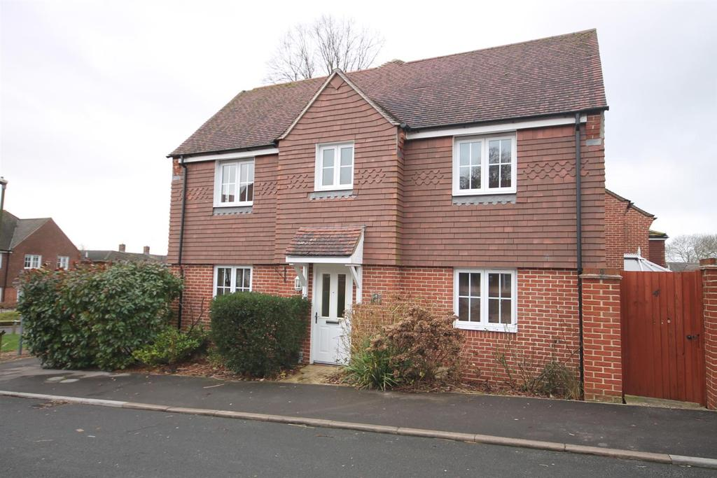 3 Bedrooms Detached House for rent in Toronto Road, Petworth