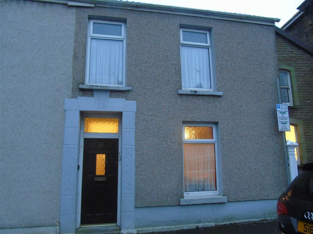 3 Bedrooms End Of Terrace House for sale in Lakefield Road, Llanelli