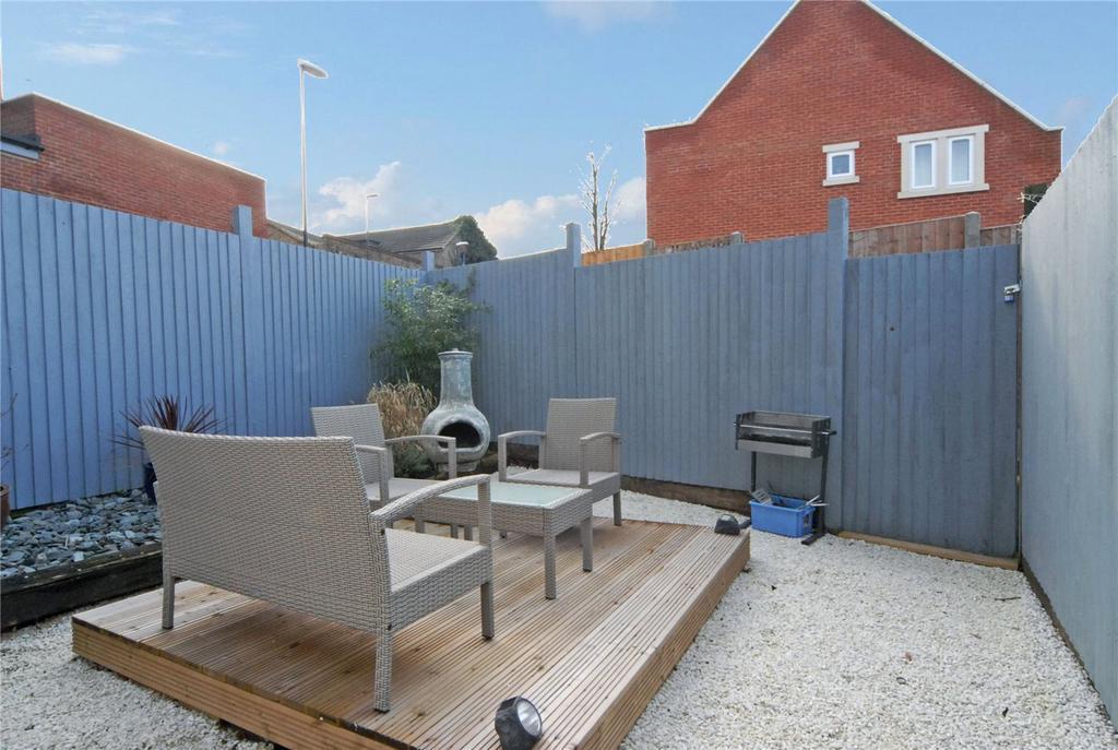 1 Bedroom Maisonette Flat for sale in White Horse Hill, Chislehurst, Kent, BR7