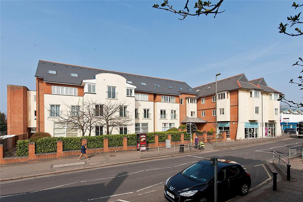 1 Bedroom Flat for sale in 33-45 Church Street, Walton-on-Thames, Surrey, KT12